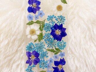 【全機種対応】晴れやかブルーの押し花スマホケースの画像