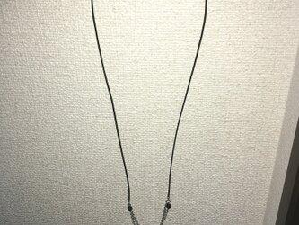 オニキスの革ネックレスの画像