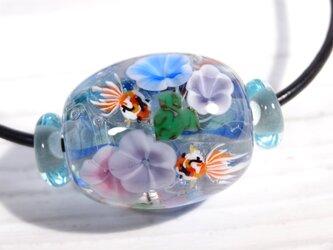 朝顔と金魚のとんぼ玉(ガラス玉)の画像