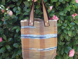 手染めの手織りトートバッグの画像