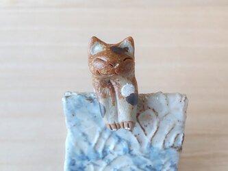 引っかけ猫=^人^=水玉三毛猫の画像