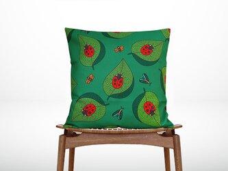 森のクッション Ladybugs back green -ひのきの香り-の画像