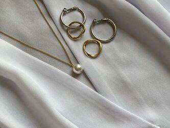 主役級チャンキーフープイヤリング! Vintage taste earringsの画像