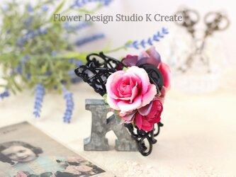 ローズピンクの薔薇のバンスクリップ 髪飾り ヘアクリップ ピンク バラ お出掛け フォーマルの画像