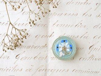 チェコ製ガラスボタンの帯留◎クローバー/ブルー【送料無料】の画像