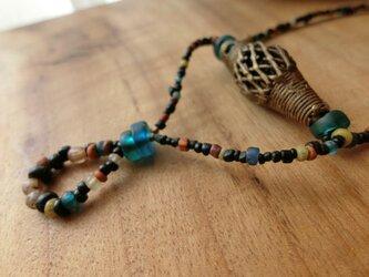*happy price*古のとらいばるなネックレス。@ドゴン族の真鍮ビーズ+貿易風のビーズ+オールドビーズ色々の画像
