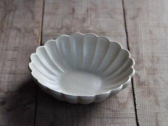 輪花5.5寸鉢/白の画像