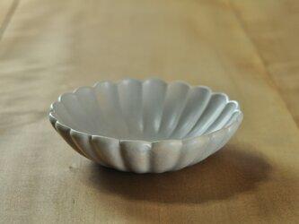 輪花5.5寸鉢/白(アイボリー)の画像