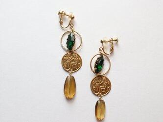 女王の愛したエメラルド~クレオパトラの耳飾り~の画像