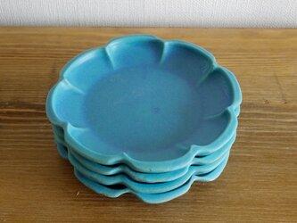 トルコブルーの輪花皿の画像