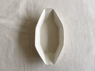 オクトゴナルラヴィエプレート白マットの画像