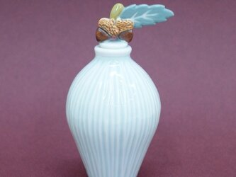 小瓶 「どんぐり」の画像