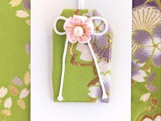 (萌紫桜)元巫女の花のお守り袋の画像