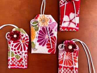 (大正ロマン菊桜)元巫女の花のお守り袋の画像