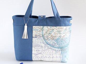 パリ輸入生地!ブルー古地図柄のトートバッグ(白本革使用)の画像