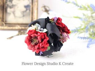 赤い薔薇のバンスクリップ 髪飾り ヘアクリップ ブラック 黒 赤 バラ お出掛け フォーマルの画像