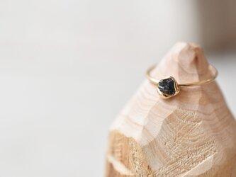"K10の指輪 ""オーベルニュの鉱物""の画像"