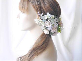 ピンクベージュローズのヘッドドレス/ヘアアクセサリー(グリーンホワイト)*結婚式・成人式・ウェディングドレスにの画像