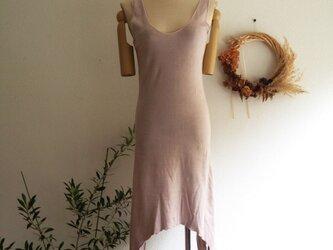 organic Lakshmi dressべんがら色の画像