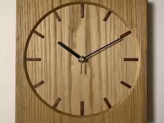 栗の木 掛時計の画像