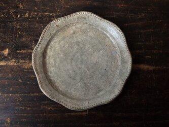 さび粉引きリム鉢(レース)の画像