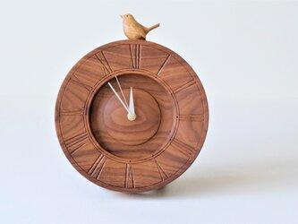 Tamtamさまリクエスト分 鳥の時計(ウォールナット材 type-C) の画像