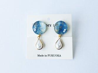 藍染めデニムのパールイヤリング(RY-7)青 藍色 金箔 ブルーの画像