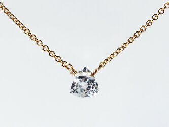 水晶の小さなピラミッド光るネックレス ~Mirabelleの画像