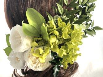 ヘッドドレス/プリザーブドフラワー紫陽花と白薔薇とグリーンの髪飾りヘッドドレスパーツの画像