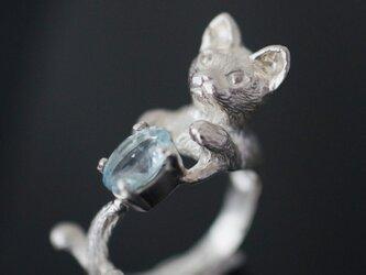 アクアマリン猫リングの画像