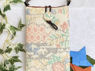 着物リメイク・紬のスマホポーチ・カラフル織り模様の画像