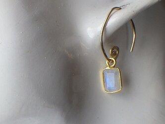 *14kgf *Little Moonstone Swirl Earrings ムーンストーンの画像