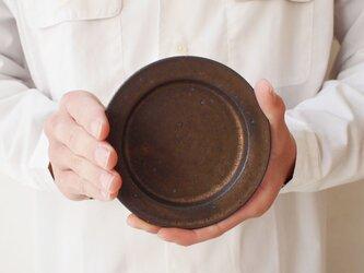 黒釉 小皿の画像