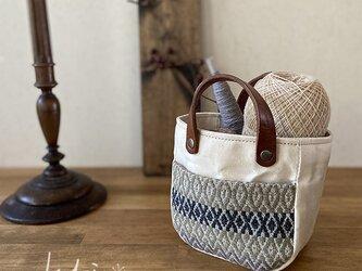 手織りポケットmini pot bag オフ白の画像