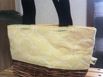 おべんとうバッグ(黄色い)の画像