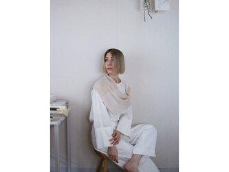 ◆即納◆Almak[アルマク] 部分ラメ・スヌードケープ3 /ビーチサンド・ベージュの画像