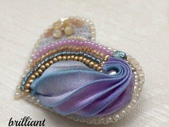 ビーズ刺繍  ハートブローチ ブルーパープルの画像