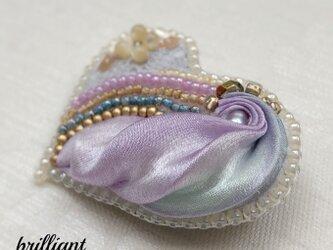 ビーズ刺繍  ハートブローチ グレーパープル の画像