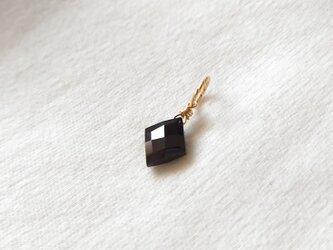 オニキスのネックレスチャーム/ダイヤカット(14KGF)の画像