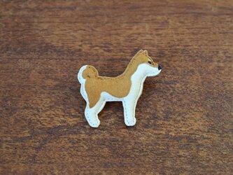 ブローチ 柴犬の画像