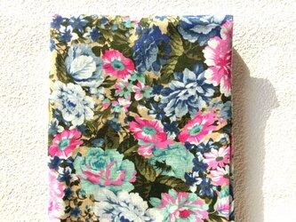 シングルガーゼ生地 大花柄 地色ベージュ 手作りプレゼントにもの画像