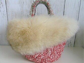 ¶ new antique fur ¶ 裂き編みバッグ with ボリューム感たっぷりブルーフォックスファーの画像
