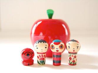 ●こけしちゃん in りんご●マトリョーシカ[5]の画像
