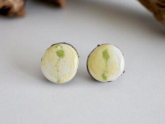 【菜の花】直付けピアスの画像