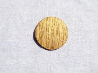 しわマル2(ゴールド) 陶土ブローチの画像