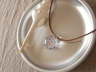 アジサイ・ガラス球ネックレス・綿紐の画像