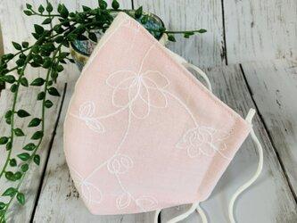 立体マスクM●花の刺繍ピンク。の画像