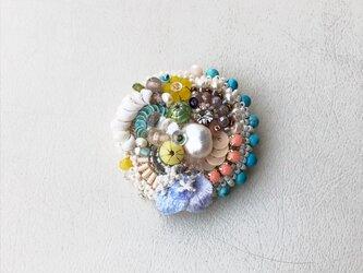 花と石 no.6 ブローチの画像