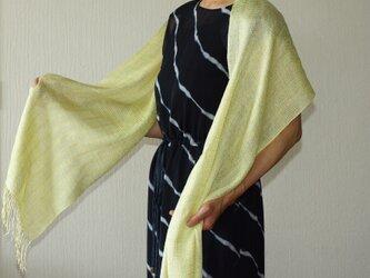 草木染め 手織りシルクストール 萌黄色 ST22の画像