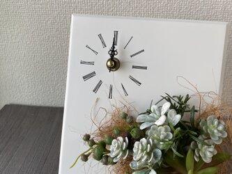ナチュラルなシルバーリーフクロック❤︎花時計【造花】母の日・新築祝いなどギフトにの画像